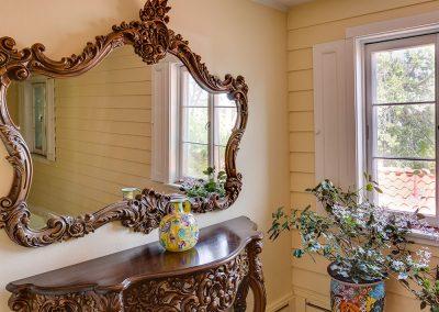 Casa-Hall-Mirror1000x750