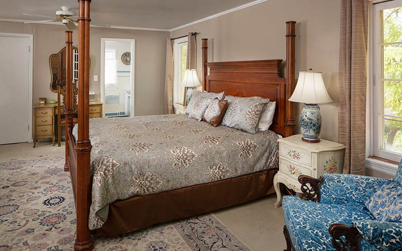 Vista Grande Room